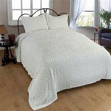 wedding ring chenille standard pillow sham in ivory bed