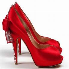Rote High Heels - fashion lifestyle bridal shoes