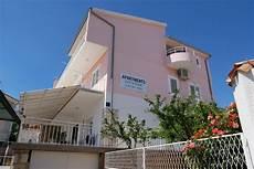 Apartments House Jurić Primošten