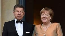 Angela Merkel Getrennt Ihr Mann Hat Die Koffer Gepackt