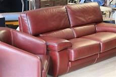 r 233 novation teinture de vos canap 233 s vestes et objets en cuir