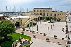 il porto turistico di roma habitat naturale per lo
