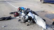 Feichten An Der Alz 52 J 228 Hriger Bei Motorradunfall