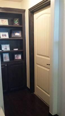door trim different color then baseboard
