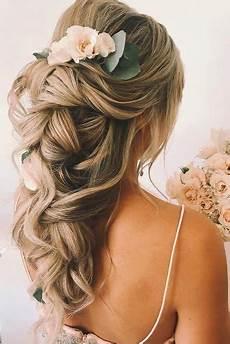 33 oh so curly wedding hairstyles wedding forward