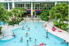 swimming pool in the titus thermen in frankfurt am