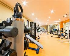 what is the best lighting for fitness room