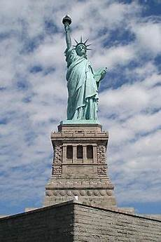 the statue of liberty an american symbol american