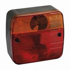 feux de signalisation les tracteurs rouges