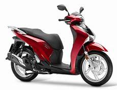Honda Sh 125 Honda Sh125i Scooter Motos Lignon 232 Ve