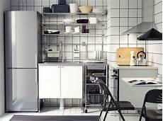 Miniküche Mit Geräten - modern k 252 che mit veddinge fronten in wei und freistehenden