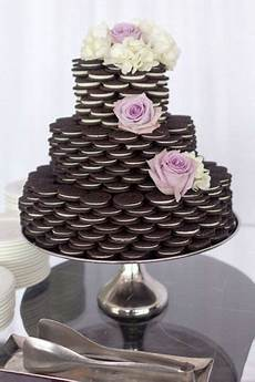 ridiculously easy diy oreo cake for a bridal shower so