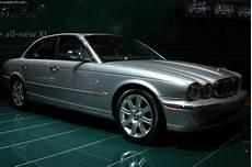 how cars work for dummies 2003 jaguar xj 2003 jaguar xj8 conceptcarz com