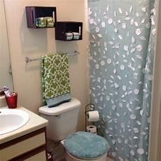College Apartment Bathroom Ideas by Best 25 College Bathroom Ideas On Guys