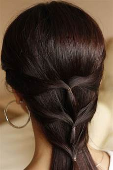 25 cute hairstyles for medium hair slodive