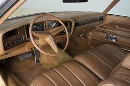 1973 BUICK RIVIERA 2 DOOR HARDTOP  162398