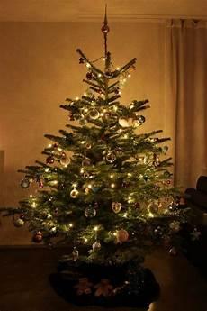 deko weihnachtsbaum weihnachtsbaum deko merry christmas lifestyle travel