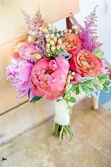 24 wedding bouquet ideas inspiration peonies dahlias lilies wedding summer wedding