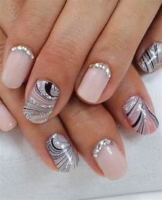 latest gorgeous wedding fake nail designs for brides