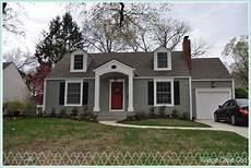 village cape cod benjamin storm 00010 house paint exterior cape cod exterior