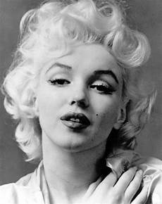 marilyn monroe s death why it s still a mystery people com