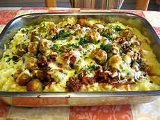 Rosenkohlauflauf Mit Kartoffeln - rosenkohlauflauf mit hackfleisch und kartoffeln rezept
