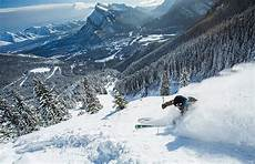 plan your ski vacation in banff lake louise skibig3