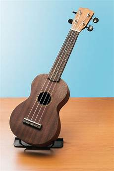 beginner acoustic guitars best acoustic guitar for beginners melodyful
