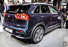 Kia S E Niro Crossover Goes Almost 300 On A Charge