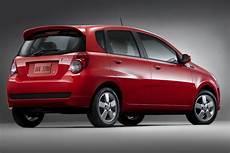 how make cars 2009 pontiac g3 seat position control pontiac g3 hatchback models price specs reviews cars com