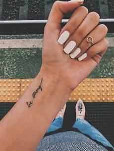 Tattoos Frauen Schriftzug - 35 tattoos for tattoos for on