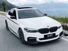 sporty suit tie the bmw 530i m performance review