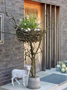 blumenkübel selber dekorieren 29 cool diy outdoor easter decorating ideas