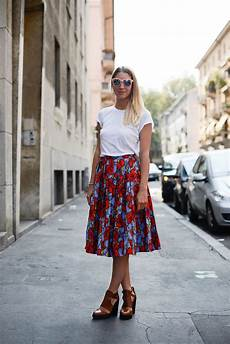 summer work outfit idea a floral a white t shirt
