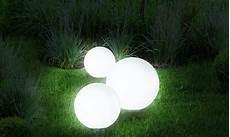 le solaire boule jardin le boule solaire 30 cm pratik light le de jardin