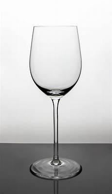 bilder aus glas nur ein glas foto bild licht stillleben glas bilder