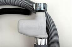 aquastop schlauch anschließen aeg aquastop schlauch zulauf wasserschlauch sp 252 lmaschine 180cm