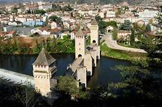 le cahors the valentr 233 bridge cahors the