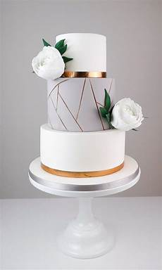 kuchen modern 15 of our favorite geometric wedding cakes for a modern