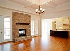 sherwin williams biscuit walls dover white trim biscuit 50 ceiling dover white paint