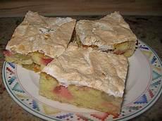 Rhabarberkuchen Mit Baiser Vom Blech - rhabarberkuchen mit baisergitter vom blech ufaudie58