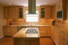 Kitchen Backsplash Ideas With Birch Cabinets by Kitchen Backsplash Ideas With Maple Cabinets Maple