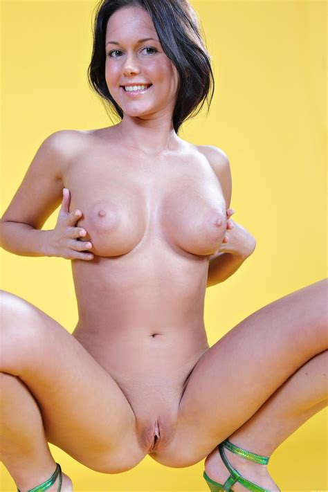 Hot Women Squatting