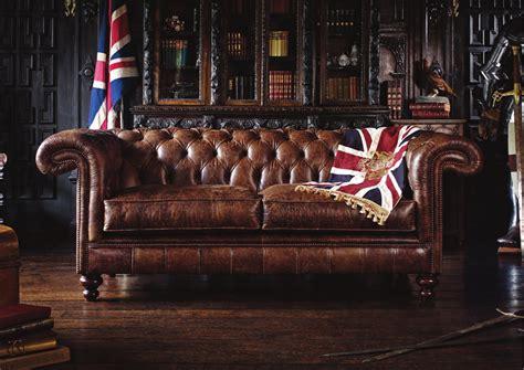 The English Chesterfield Co, Gli