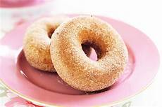 Best Mini Donut Makers Reviewed In Detail