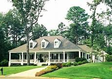 acadian style house plans with wrap around porch superb ranch style house plans with wrap around porch 8