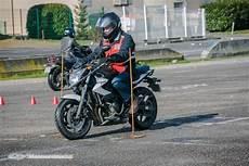 permis moto gros cube prix moto plein phare