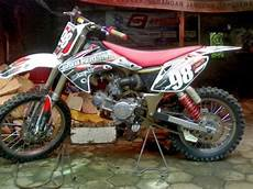 Modifikasi R Lama by Modifikasi Yamaha R Menajdi Trail Seleb Seputar