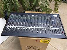 Yamaha Mixing Console Mix Board Studio Live Sound Band 32