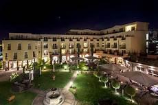 villa medici münchen hotel villa medici licht aus zur earth hour am 25 m 228 rz